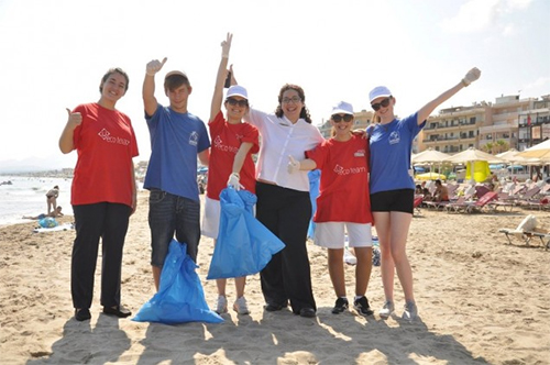 Beach cleaning with PlainSailing.com